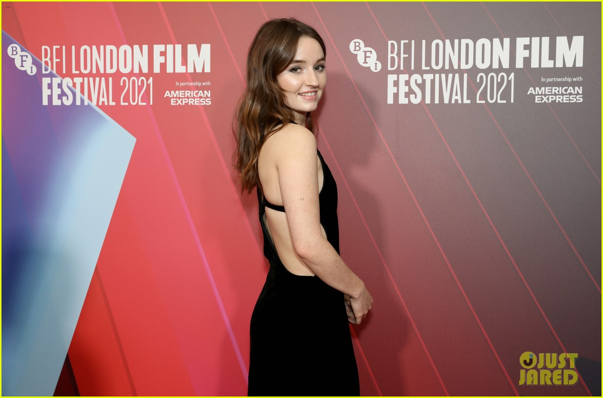 kaitlyn dever will poulter premiere new show dopesick at london film festival 07