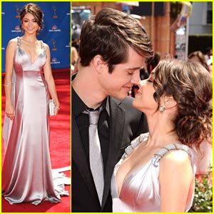 Sarah Hyland & Matt Prokop: 2010 Emmy Awards!