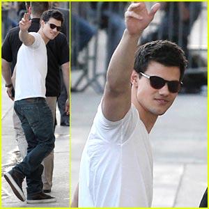 Taylor Lautner: New 'Breaking Dawn' Teaser Poster!