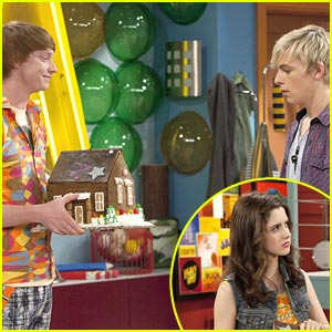 Laura Marano to Calum Worthy: What Did You Do To My Book?!