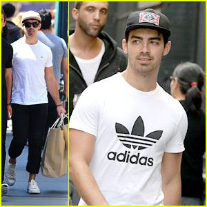 Joe Jonas: Cole Haan Shoe Shopper