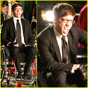 Kevin McHale Suits Up to Sing for 'Glee'