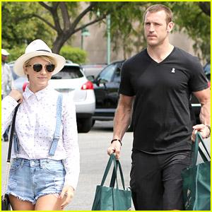 Julianne Hough & Boyfriend Brooks Laich Grocery Shop on Sunday