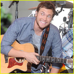 Phillip Phillips Takes The Stage on the 'Today' Show!