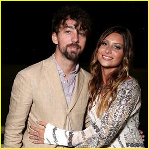 Aly Michalka & Stephen Ringer Romantic Proposal Details Revealed!