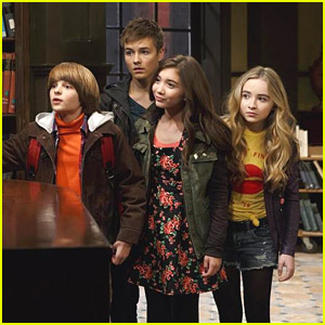 Cory Inadvertently Sets Daugther Riley Up with New Kid Lucas in New 'Girl Meets World' Episode