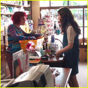 Things Get Real For Lily Collins & Sam Claflin In The New Trailer for 'Love, Rosie'