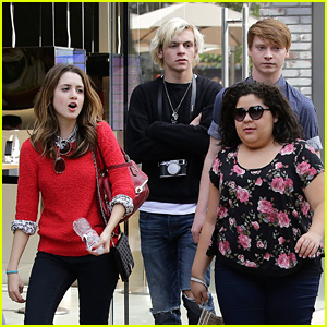 Ross Lynch Witnesses Calum Worthy Propose During 'Austin & Ally' Day Off!