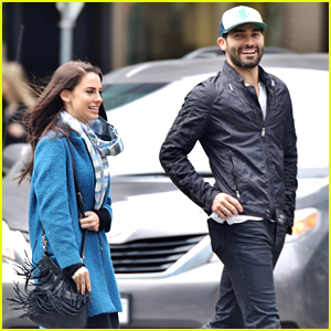 Jessica Lowndes Plays Tour Guide To Tyler Hoechlin in Vancouver