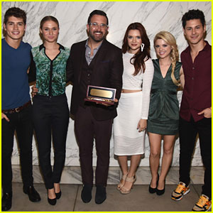 'Faking It' Cast Says Goodbye To Show - Read Their Emotional Tweets Here!