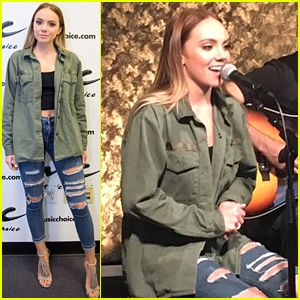 Danielle Bradbery Performs To New Songs 'Sway' & 'Potential' at Music Choice