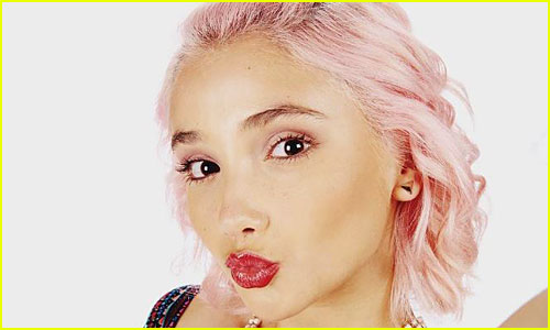 7 Times Lola's Pink Hair Made Us Want to Watch 'Degrassi' Over & Over Again