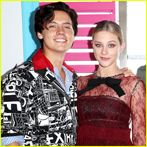 Fans Caught A Moment Between Cole Sprouse & Lili Reinhart on 'The Tonight Show' Last Night