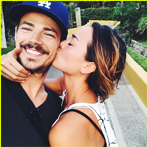 The Flash's Grant Gustin Clears Up Wedding Rumors on Instagram