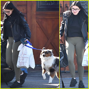 Ariel Winter Makes a Trip to the Veterinarian's Office