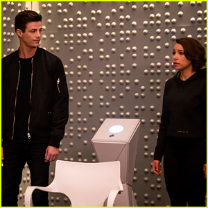'The Flash's 100th Episode Is Tonight & Director Tom Cavanagh Is Talking All About Barry & Nora's Father/Daughter Scene
