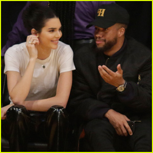 Kendall Jenner Cheers on Ben Simmons at 76ers Game!