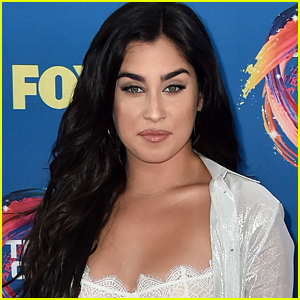 Lauren Jauregui Recalls Her First Meeting With Paramore's Hayley Williams: 'I Was So Naive'