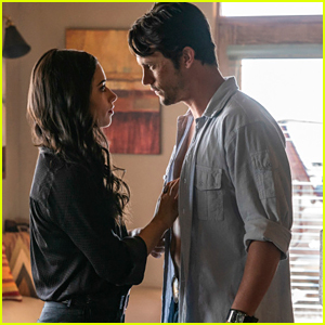 Liz Is This Close To Finding Out Something Else About Max on 'Roswell, New Mexico' Tonight