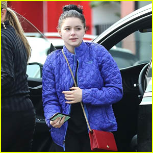 Ariel Winter Gets Her Hair Done in Hollywood