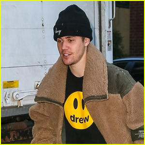 Justin Bieber Stops by The Spa in NYC