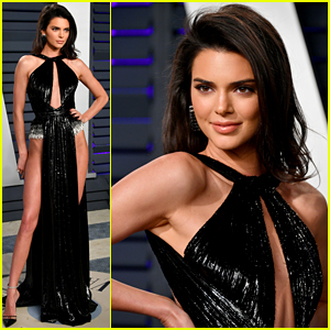 Kendall Jenner Rocks Revealing Outfit at Vanity Fair's Oscars 2019 Party
