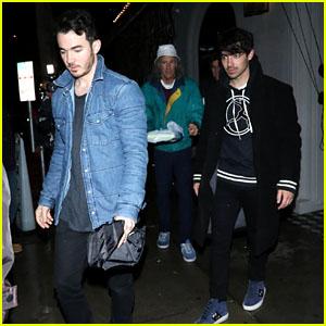 Joe & Kevin Jonas Grab Dinner Together in WeHo!