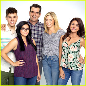 Sarah Hyland & Ariel Winter's 'Modern Family' to End After Season 11