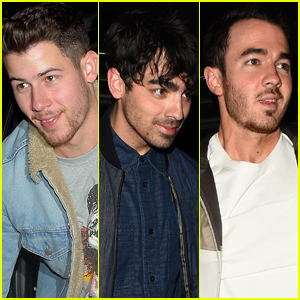 Nick Jonas Hangs Out with Joe & Kevin in London!