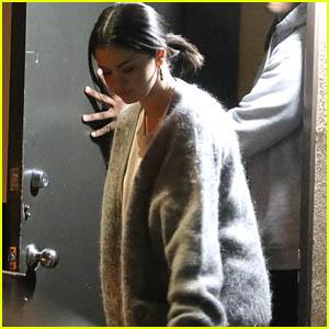 Selena Gomez Spends the Night Recording at the Studio!