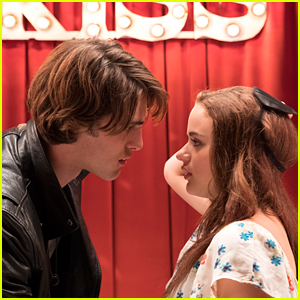 Joey King Announces 'The Kissing Booth' Sequel Is Coming!