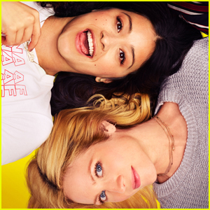 Gina Rodriguez & Brittany Snow Star in First 'Someone Great' Trailer - Watch Here!