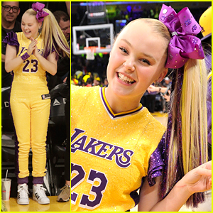 JoJo Siwa Rocks Glittery Purple Clip Ins For Her First Lakers Game