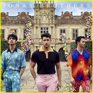 Jonas Brothers Make History as 'Sucker' Goes to No. 1!