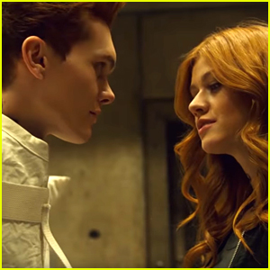 Clary Interrogates Jonathan on Tonight's All-New 'Shadowhunters'