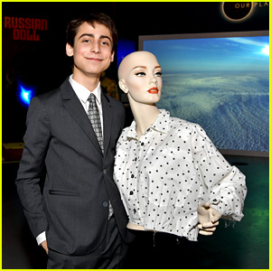 Aidan Gallagher Drops 'Umbrella Academy' Inspired Music Video For New Song 'Time'