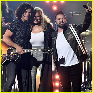 Tori Kelly Joins Dan + Shay for 'Speechless' Performance at Billboard Music Awards 2019 - Watch Now!
