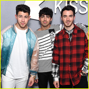 Joe Jonas Was The Last Brother To Say Yes To Jonas Brothers' Reunion