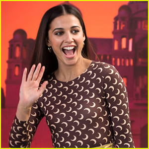 Naomi Scott Surprises 'Aladdin' Fans in Theaters Over The Weekend!