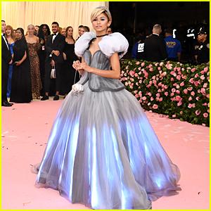 Zendaya Is Literally Cinderella at Met Gala 2019!