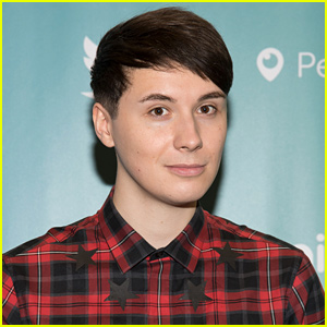 YouTuber Dan Howell Comes Out as Gay (Video)