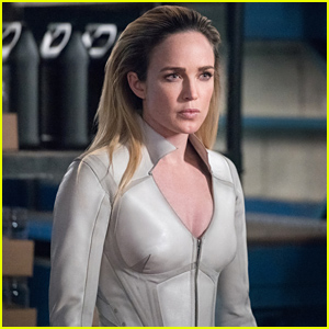 Caity Lotz Dishes On Sara Lance Getting a Super Power in 'DC's Legends of Tomorrow's New Season