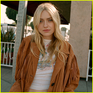 Dakota Fanning Opens Up About The Realities Of Growing Up As a Child Actor