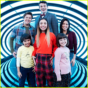Disney Sets Premiere Date For New Series 'Gabby Duran & the Unsittables'