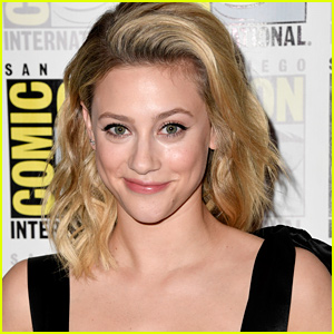Lili Reinhart Gives Shout Out To Fans After 'Riverdale' Wins at Teen Choice Awards 2019