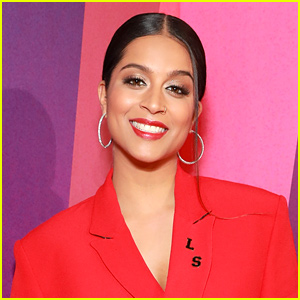 Lilly Singh Says Goodbye to iiSuperwomanii & Changes Handle on Instagram