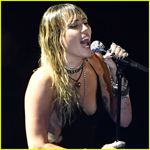 Miley Cyrus Gives First Live Performance of 'Slide Away' at MTV VMAs 2019 - Watch!