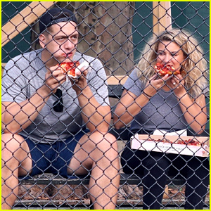 Tori Kelly & Husband Andre Murillo Pick Up Pizza While Out in NYC