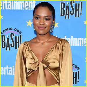 China Anne McClain Surprises Fan Using Monkey App, Reaction is Priceless