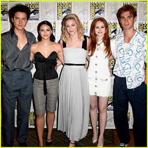 'Riverdale' Cast Snap Cute Photo On 'Friends' Couch!